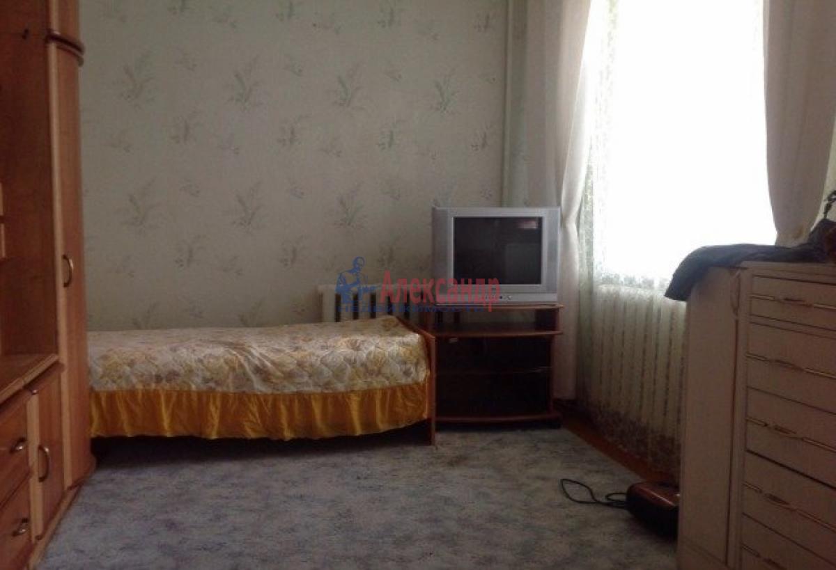 Комната в 3-комнатной квартире (56м2) в аренду по адресу Пловдивская ул., 3— фото 2 из 5