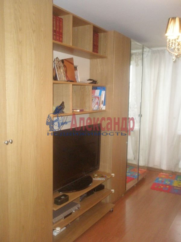1-комнатная квартира (40м2) в аренду по адресу Алтайская ул., 11— фото 5 из 7