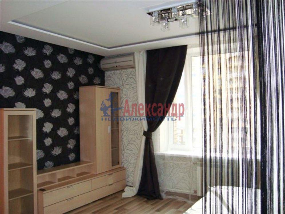 1-комнатная квартира (35м2) в аренду по адресу Итальянская ул., 12— фото 2 из 4