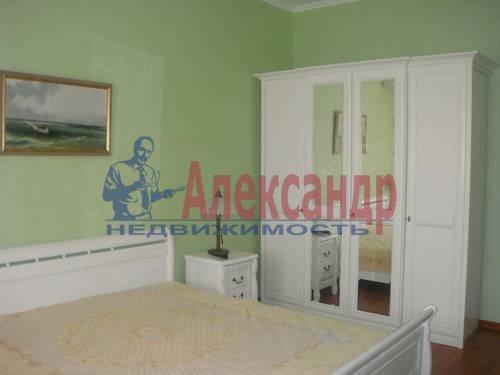 2-комнатная квартира (65м2) в аренду по адресу Ленсовета ул., 88— фото 5 из 13