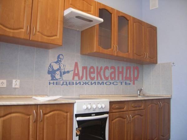 2-комнатная квартира (92м2) в аренду по адресу Альпийский пер., 33— фото 2 из 6