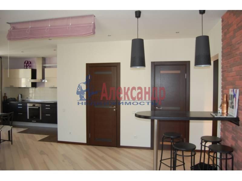 2-комнатная квартира (100м2) в аренду по адресу Кораблестроителей ул., 30— фото 4 из 14
