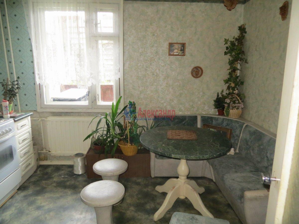 2-комнатная квартира (55м2) в аренду по адресу Полюстровский пр., 90— фото 1 из 2