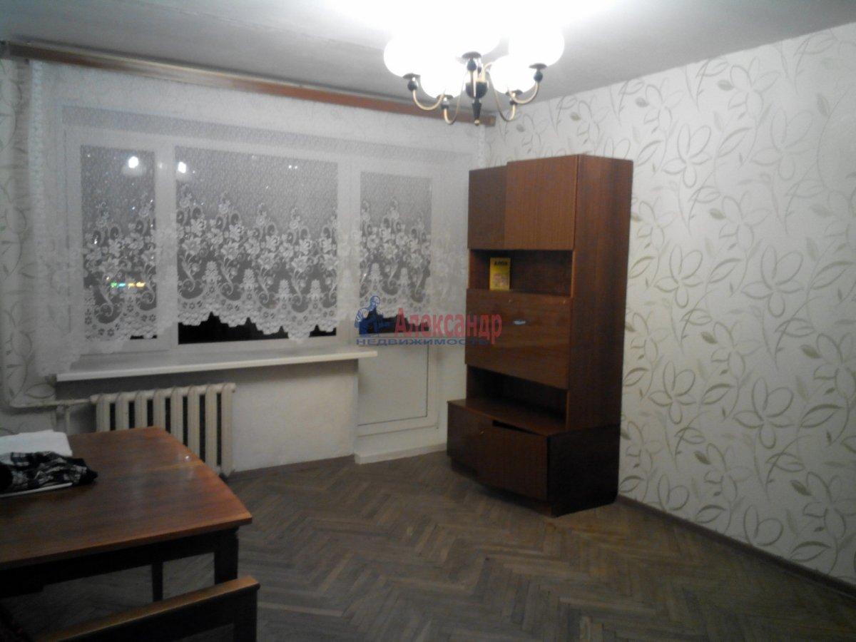 1-комнатная квартира (35м2) в аренду по адресу Большой пр., 10— фото 7 из 10