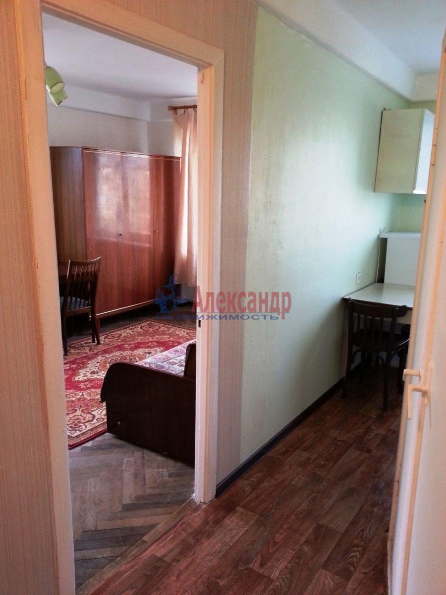 1-комнатная квартира (33м2) в аренду по адресу Космонавтов пр., 48— фото 12 из 14