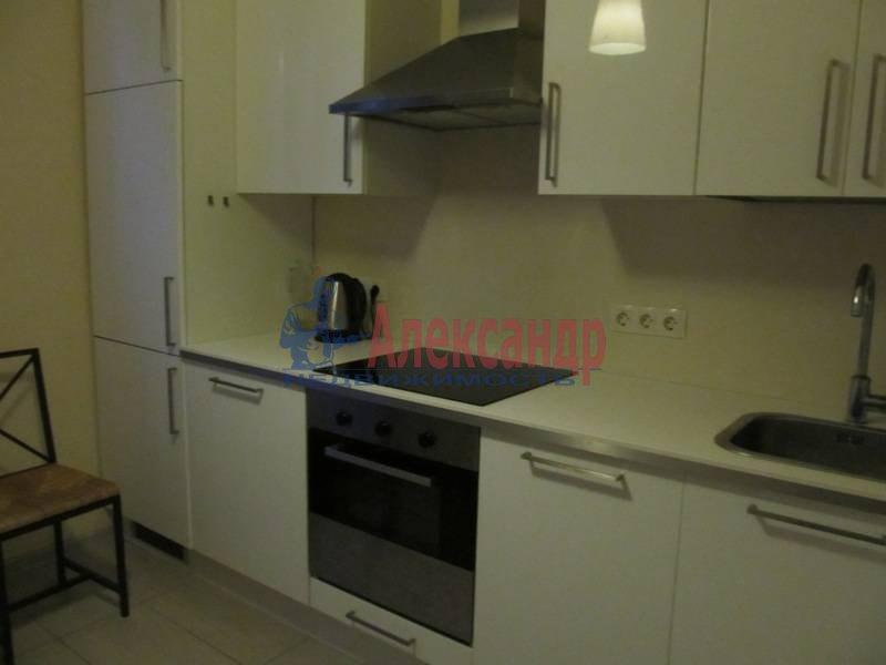 1-комнатная квартира (40м2) в аренду по адресу Маршала Блюхера пр., 21— фото 1 из 13