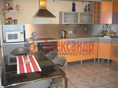 1-комнатная квартира (45м2) в аренду по адресу Хасанская ул., 22— фото 2 из 9