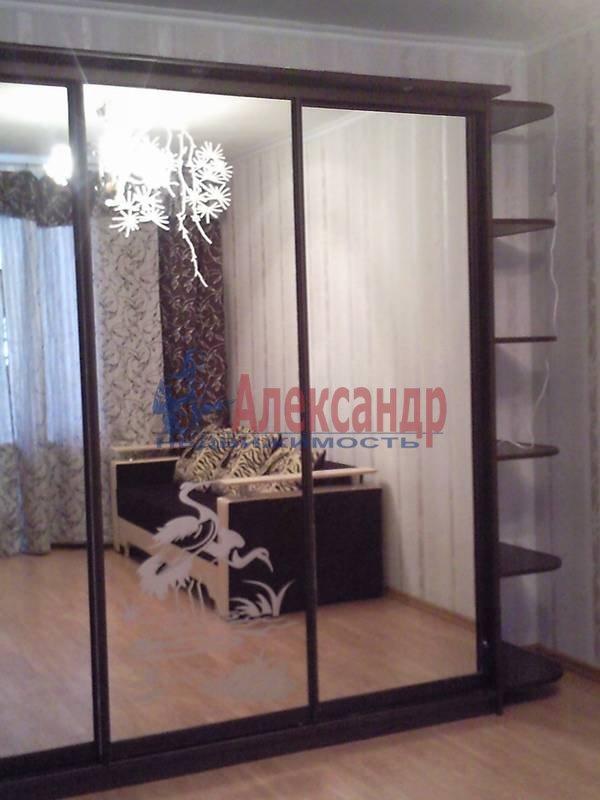 1-комнатная квартира (48м2) в аренду по адресу Капитанская ул., 4— фото 9 из 12
