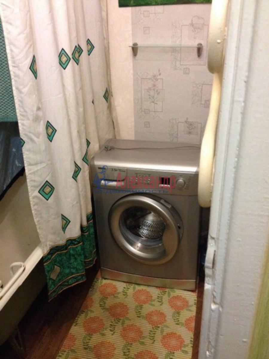 2-комнатная квартира (48м2) в аренду по адресу Горелово пос.— фото 5 из 5