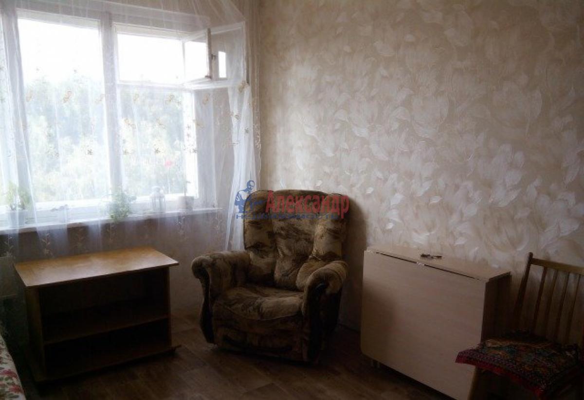 Комната в 2-комнатной квартире (48м2) в аренду по адресу Купчинская ул., 6— фото 2 из 4