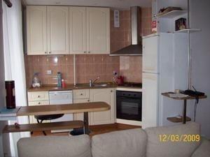 2-комнатная квартира (50м2) в аренду по адресу Петровская наб., 4— фото 1 из 13