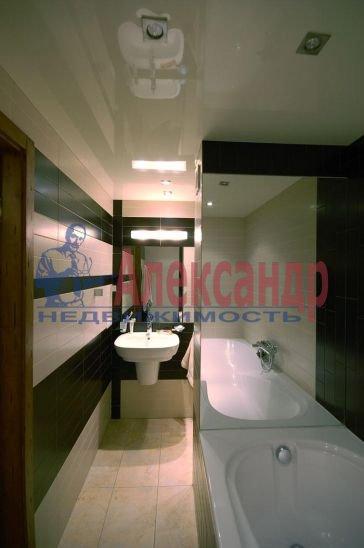 3-комнатная квартира (94м2) в аренду по адресу Галерный прд., 5— фото 3 из 3