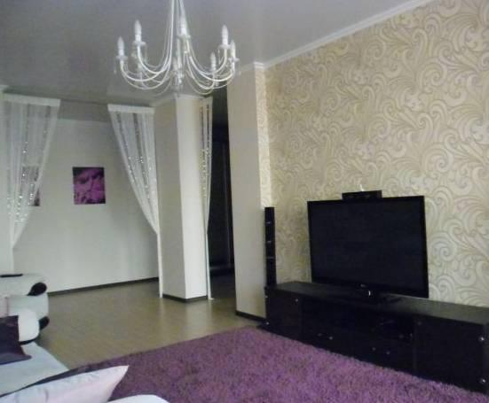 3-комнатная квартира (107м2) в аренду по адресу Съезжинская ул., 19— фото 2 из 4