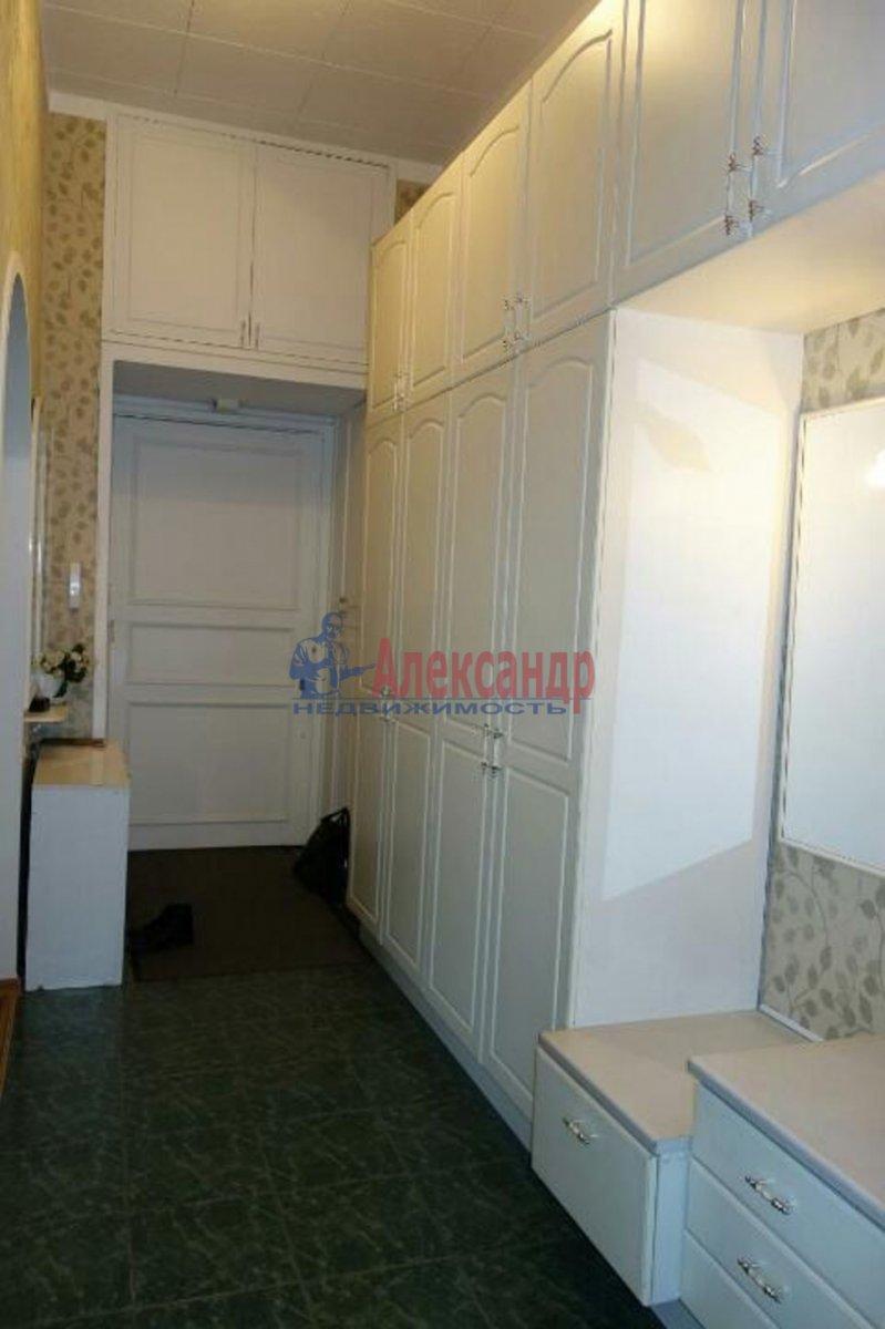 2-комнатная квартира (74м2) в аренду по адресу Кронверкский пр., 23— фото 9 из 9