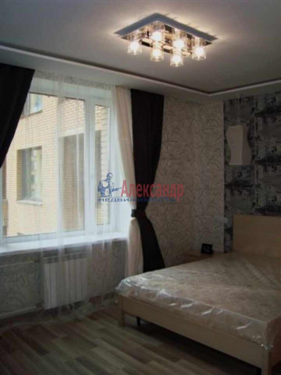 1-комнатная квартира (35м2) в аренду по адресу Итальянская ул., 12— фото 4 из 4