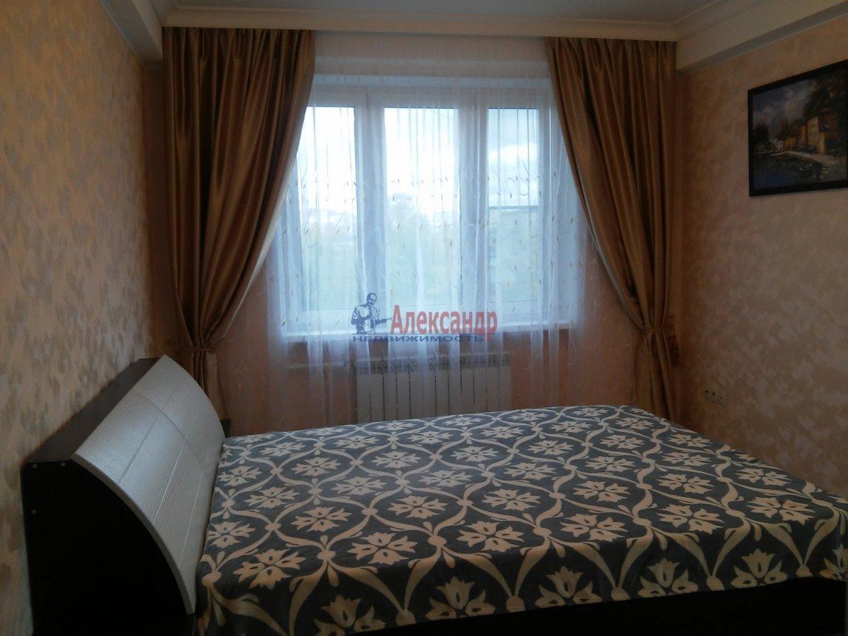 3-комнатная квартира (75м2) в аренду по адресу Бухарестская ул., 66— фото 1 из 7