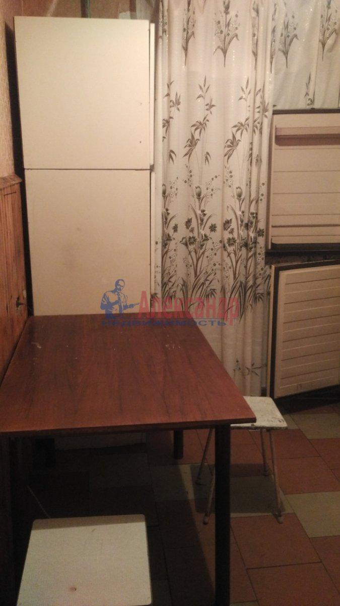 2-комнатная квартира (55м2) в аренду по адресу Просвещения просп., 87— фото 4 из 7