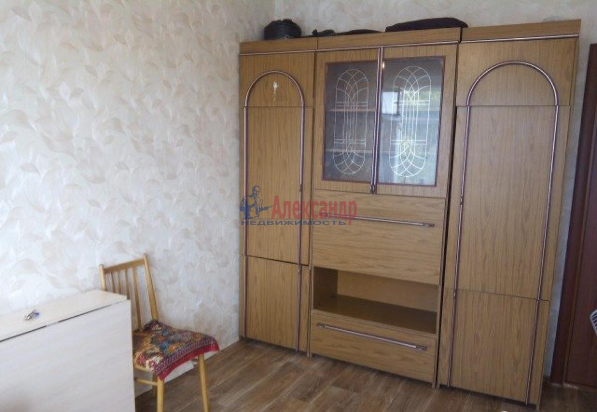 Комната в 2-комнатной квартире (48м2) в аренду по адресу Купчинская ул., 6— фото 3 из 4