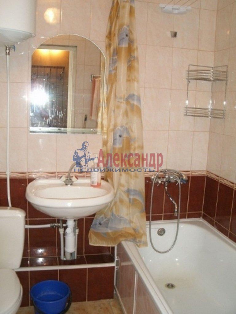 Комната в 3-комнатной квартире (67м2) в аренду по адресу Черняховского ул., 35— фото 3 из 3