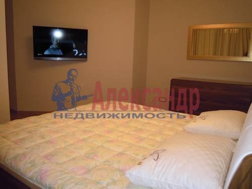 2-комнатная квартира (80м2) в аренду по адресу Свердловская наб., 58— фото 14 из 14