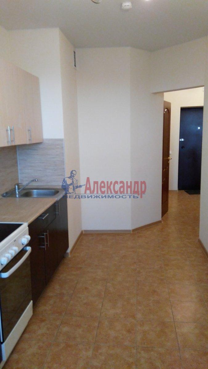 1-комнатная квартира (40м2) в аренду по адресу Есенина ул., 1— фото 2 из 5