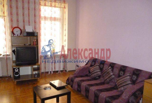 1-комнатная квартира (40м2) в аренду по адресу Гончарная ул., 24— фото 2 из 2