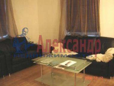2-комнатная квартира (60м2) в аренду по адресу Кропоткина ул., 24— фото 2 из 11