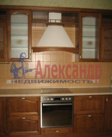 2-комнатная квартира (56м2) в аренду по адресу Ткачей ул.— фото 1 из 3