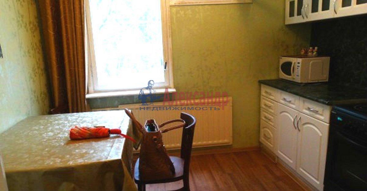 1-комнатная квартира (38м2) в аренду по адресу Школьная ул., 112— фото 2 из 5