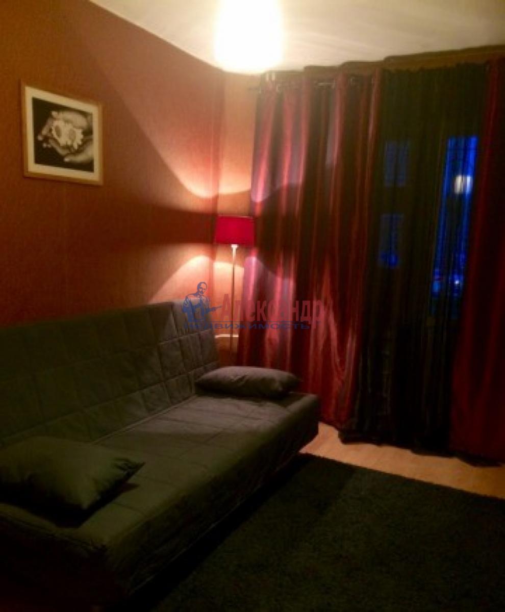 1-комнатная квартира (33м2) в аренду по адресу Зины Портновой ул., 25— фото 1 из 7