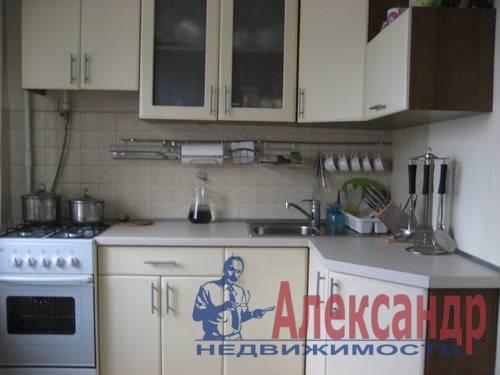 2-комнатная квартира (43м2) в аренду по адресу Маршала Блюхера пр., 50— фото 2 из 2