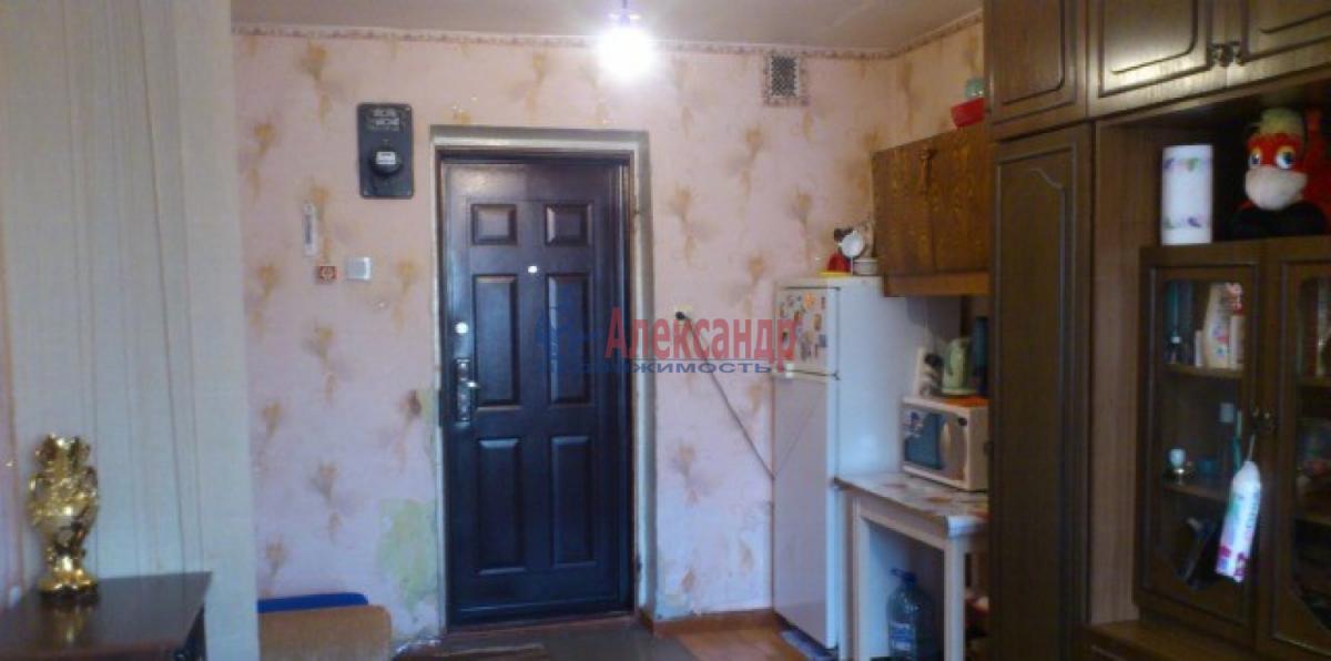 Комната в 2-комнатной квартире (45м2) в аренду по адресу Новоизмайловский просп., 57— фото 1 из 3
