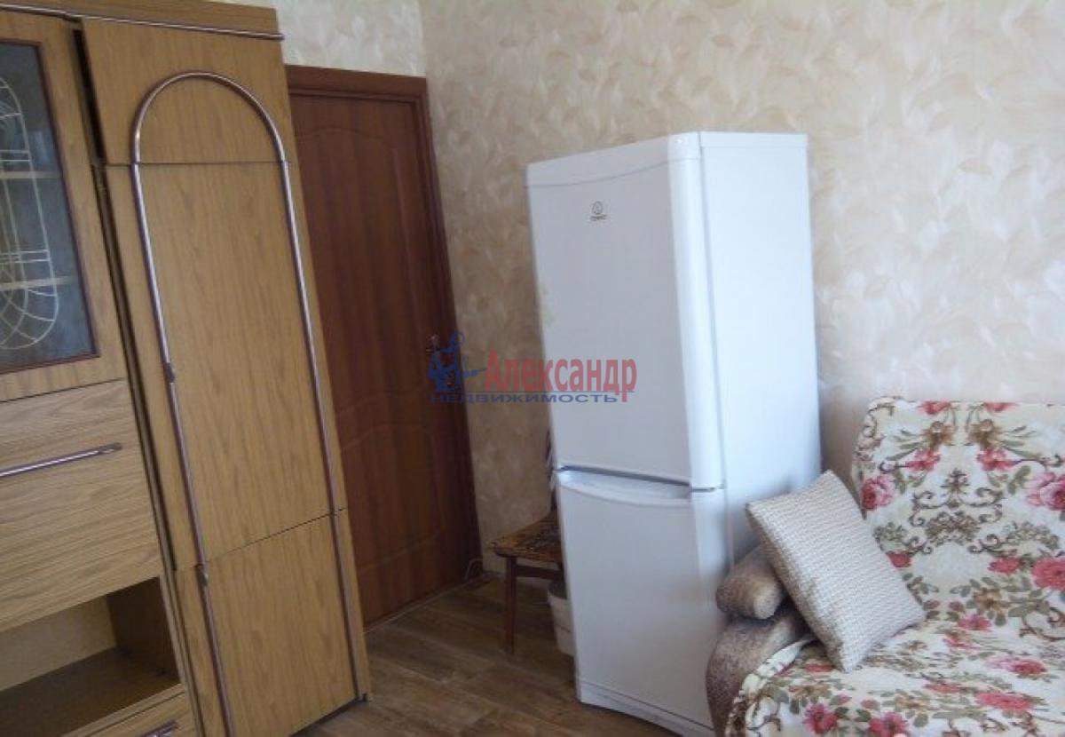 Комната в 2-комнатной квартире (48м2) в аренду по адресу Купчинская ул., 6— фото 4 из 4