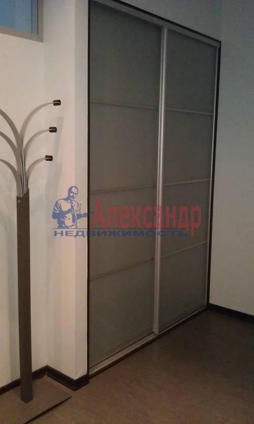 1-комнатная квартира (60м2) в аренду по адресу Коломяжский пр., 15— фото 17 из 19