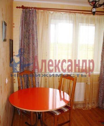 2-комнатная квартира (64м2) в аренду по адресу Октябрьская наб., 5— фото 3 из 4