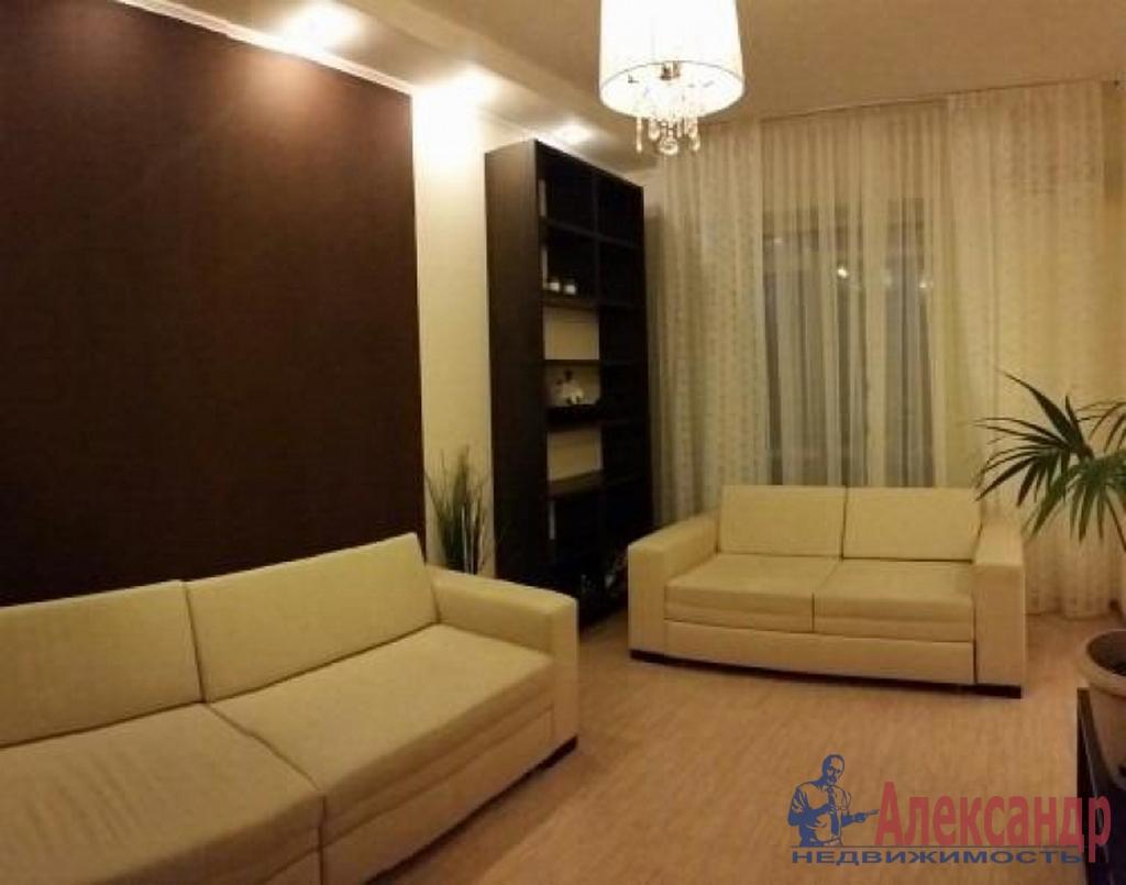 2-комнатная квартира (65м2) в аренду по адресу Чернышевского пл., 8— фото 1 из 4