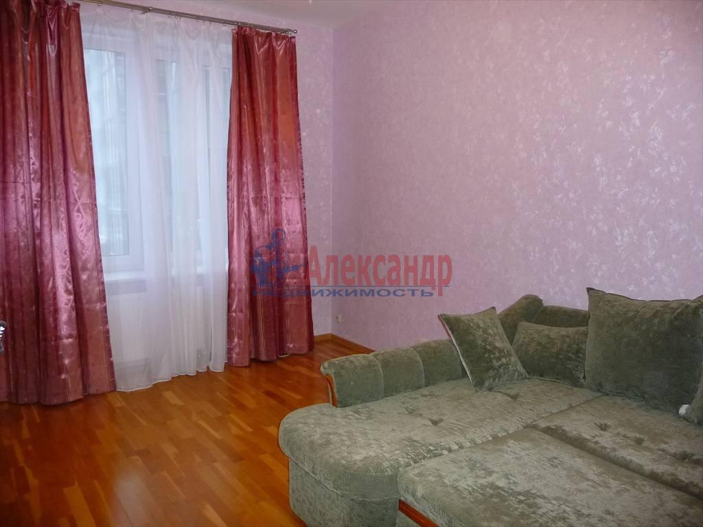 3-комнатная квартира (74м2) в аренду по адресу Капитанская ул., 4— фото 1 из 4