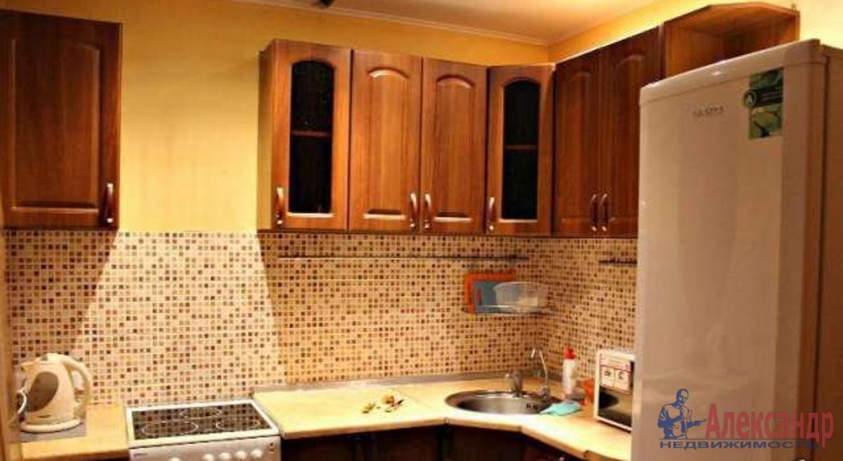 1-комнатная квартира (46м2) в аренду по адресу Альпийский пер., 32— фото 2 из 4