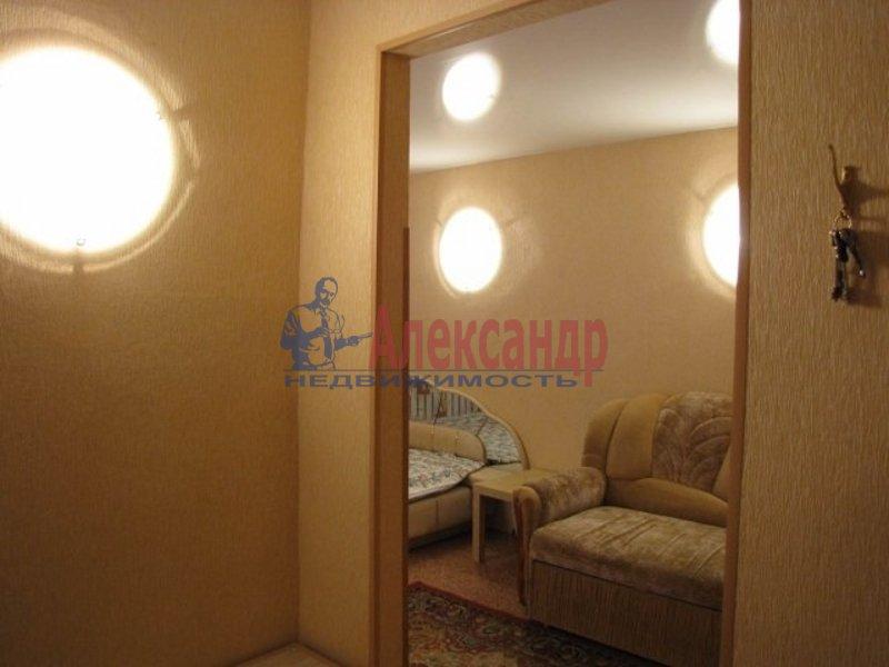 1-комнатная квартира (41м2) в аренду по адресу Ольминского ул., 10— фото 2 из 5