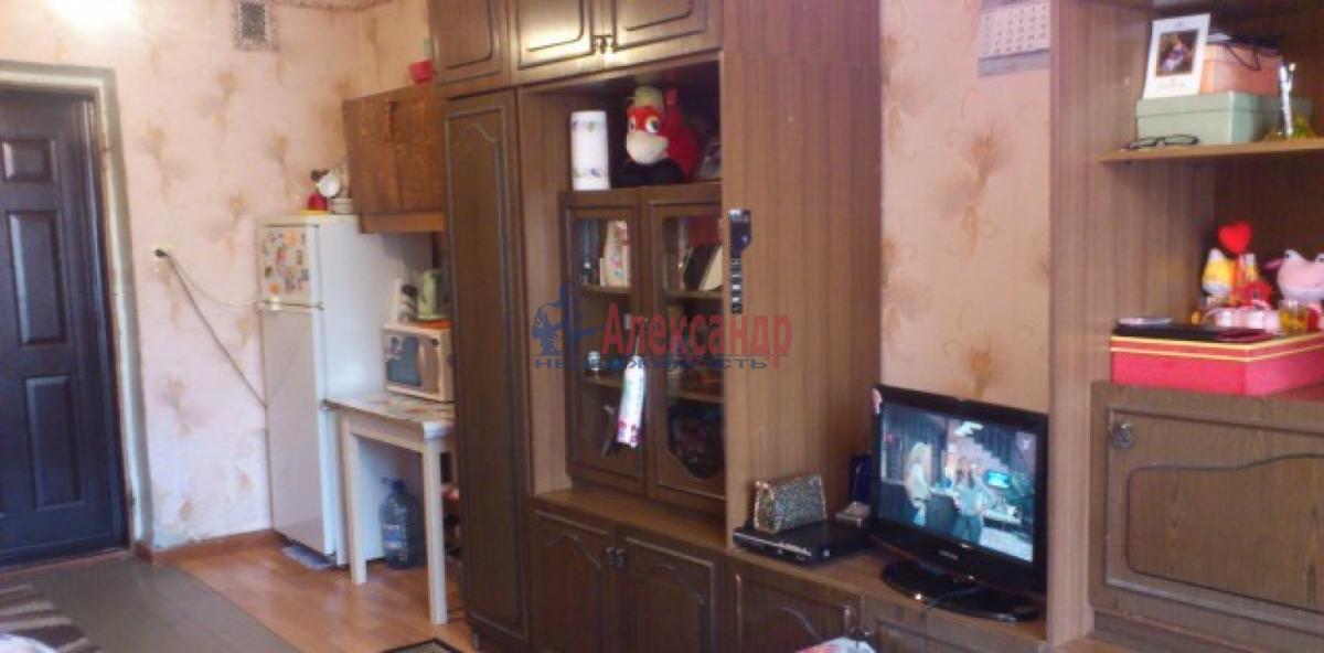 Комната в 2-комнатной квартире (45м2) в аренду по адресу Новоизмайловский просп., 57— фото 2 из 3