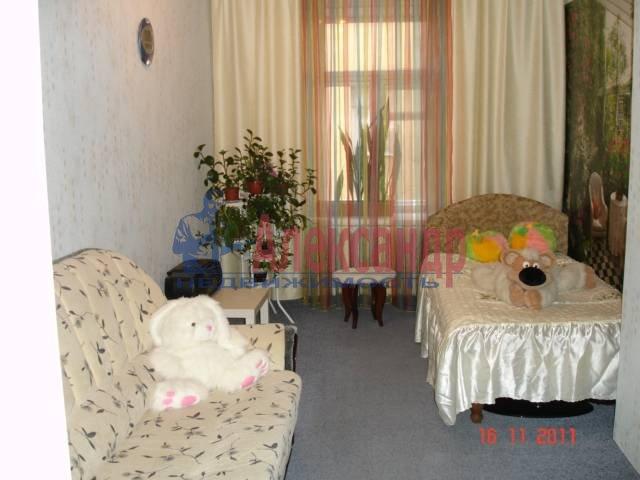 3-комнатная квартира (100м2) в аренду по адресу Достоевского ул.— фото 1 из 4