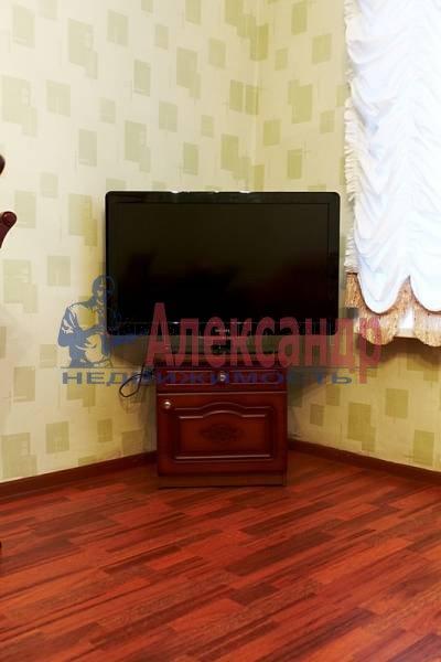 2-комнатная квартира (70м2) в аренду по адресу Реки Фонтанки наб.— фото 8 из 10