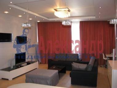 1-комнатная квартира (35м2) в аренду по адресу Оренбургская ул., 2— фото 1 из 3