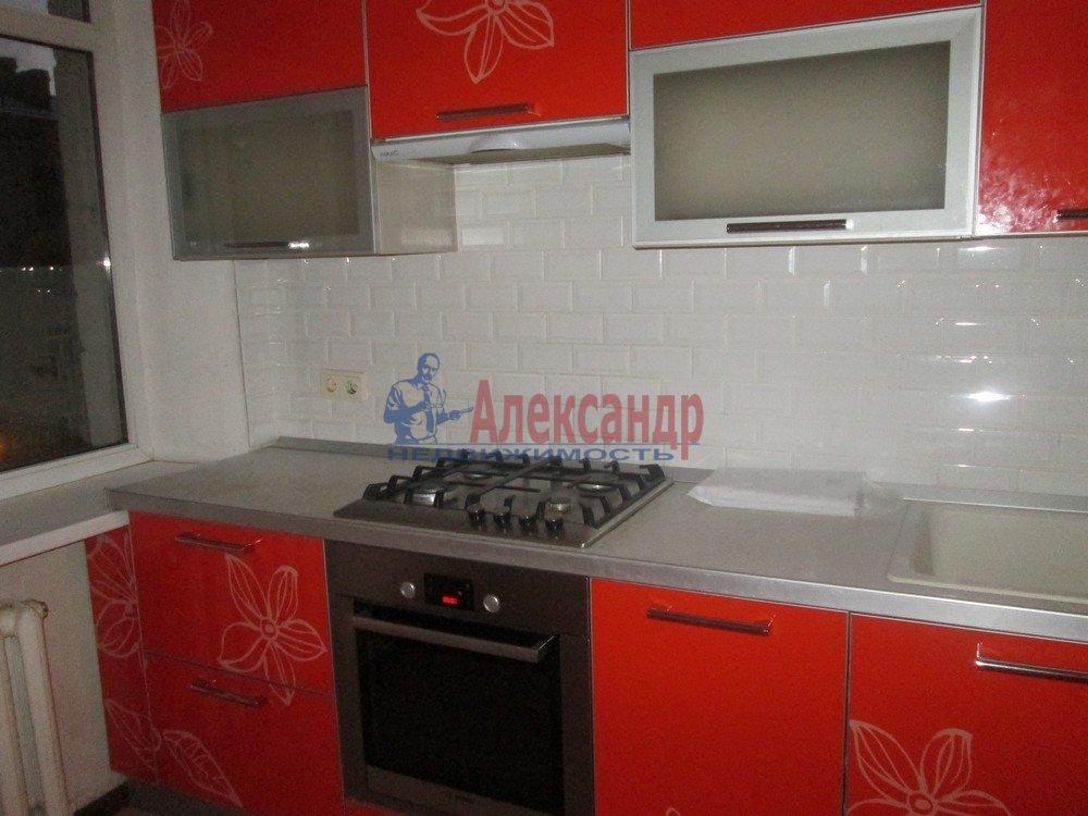 3-комнатная квартира (67м2) в аренду по адресу Савушкина ул., 11— фото 2 из 8