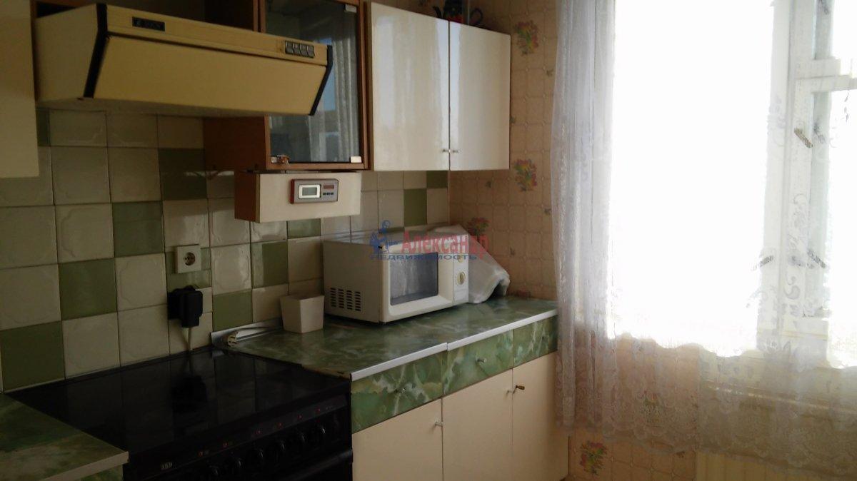 1-комнатная квартира (34м2) в аренду по адресу Крыленко ул., 43— фото 12 из 18