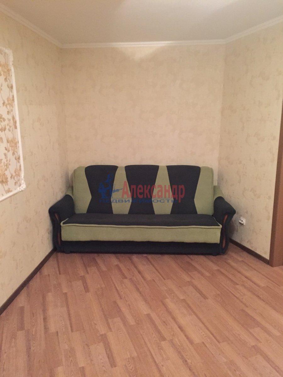 2-комнатная квартира (46м2) в аренду по адресу Шелгунова ул., 7— фото 10 из 16