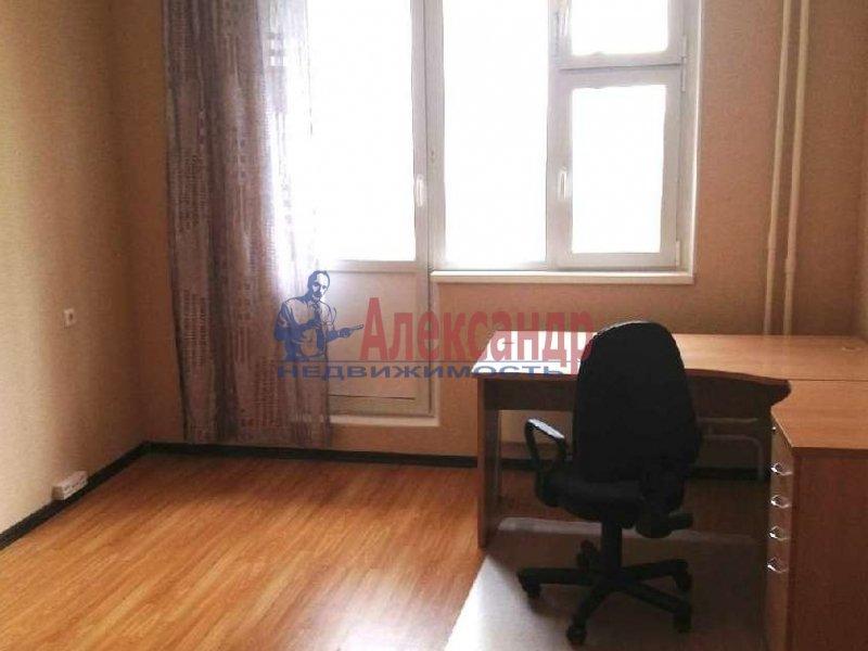1-комнатная квартира (37м2) в аренду по адресу Комендантский пр., 21— фото 2 из 6