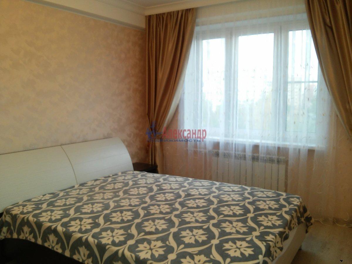 3-комнатная квартира (75м2) в аренду по адресу Бухарестская ул., 66— фото 2 из 7