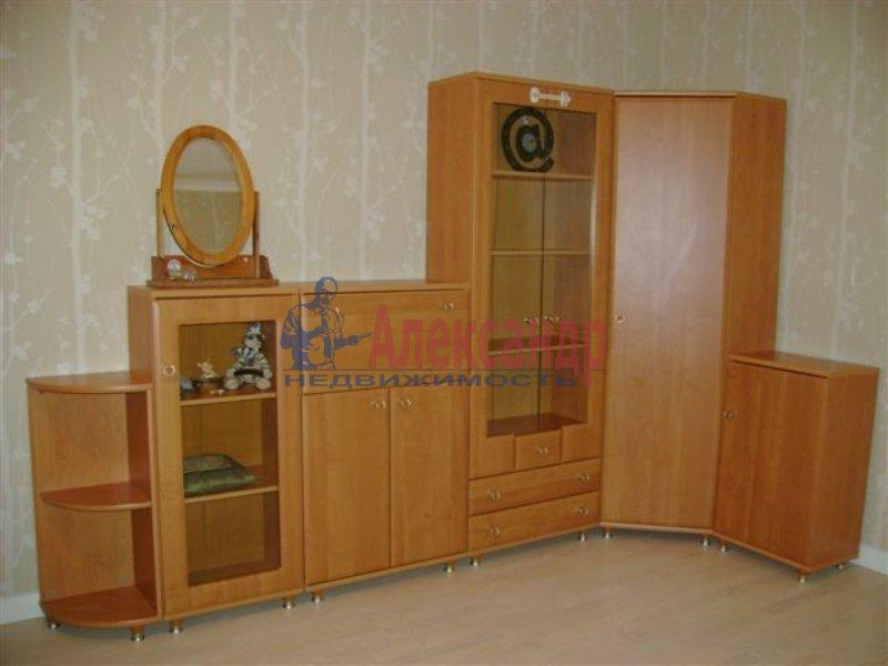 1-комнатная квартира (35м2) в аренду по адресу Ярослава Гашека ул., 7— фото 1 из 5
