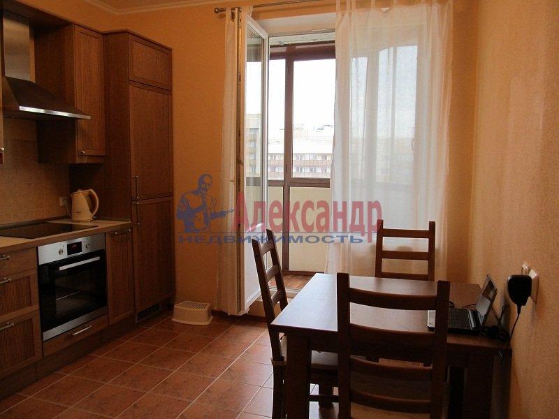 1-комнатная квартира (44м2) в аренду по адресу Варшавская ул., 51— фото 1 из 7